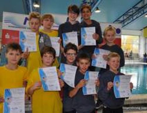 unsere Jungs bei der Siegerehrung des Bezirksentscheides (Photo Gertrud Wollgarten)
